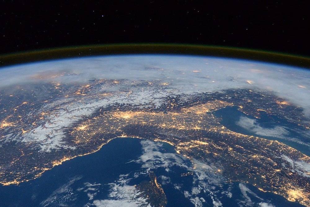Przykład - nauka chemii jak lot po orbicie Ziemi