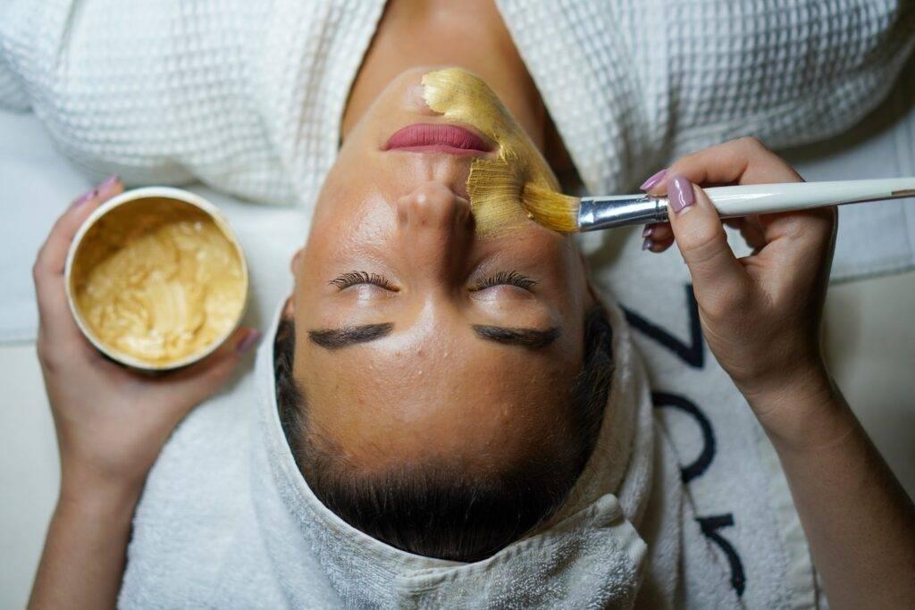 glinki kosmetyczne stosowane w maseczkach